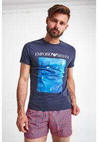 Emporio Armani Swimwear - T-SHIRT EMPORIO ARMANI SWIMWEAR. Okazja: na co dzień. Materiał: bawełna. Długość: krótkie. Wzór: kolorowy, nadruk. Styl: casual