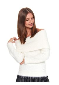 Biały sweter TOP SECRET elegancki, w kolorowe wzory, długi
