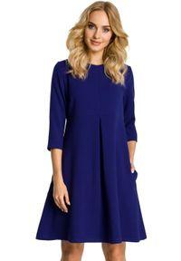MOE - Elegancka sukienka z lekko rozkloszowanym dołem. Materiał: materiał, wełna. Styl: elegancki