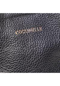 Czarna torebka klasyczna Coccinelle skórzana