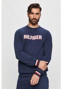 Niebieska bluza nierozpinana TOMMY HILFIGER z okrągłym kołnierzem, casualowa