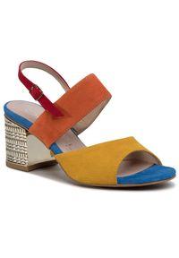 Żółte sandały Oleksy casualowe, w kolorowe wzory