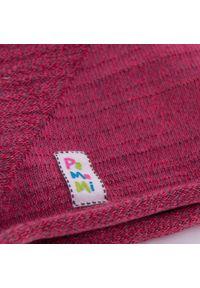 Czerwona czapka PaMaMi na wiosnę
