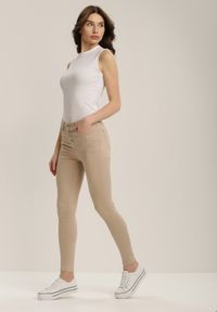 Beżowe spodnie skinny Renee