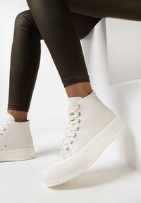 Born2be - Beżowe Trampki Barbiche. Wysokość cholewki: za kostkę. Nosek buta: okrągły. Zapięcie: sznurówki. Kolor: beżowy. Materiał: jeans, guma. Szerokość cholewki: normalna. Obcas: na platformie