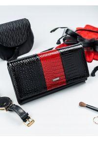 Czarny portfel 4U CAVALDI w kolorowe wzory