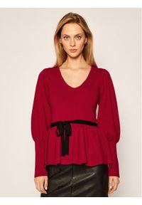 Czerwony sweter klasyczny Silvian Heach