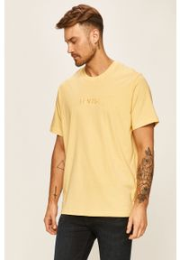 Żółty t-shirt Levi's® na spotkanie biznesowe, biznesowy, z aplikacjami