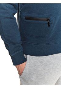 TOP SECRET - Bluza z kieszenią. Okazja: na co dzień. Kolor: niebieski. Materiał: tkanina, bawełna. Długość rękawa: długi rękaw. Długość: długie. Sezon: wiosna. Styl: casual