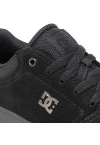 Czarne buty sportowe DC z cholewką, na co dzień