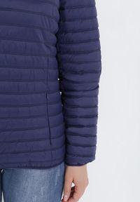 Born2be - Granatowa Kurtka Acosone. Kolekcja: plus size. Kolor: niebieski. Materiał: tkanina. Długość: krótkie. Styl: klasyczny
