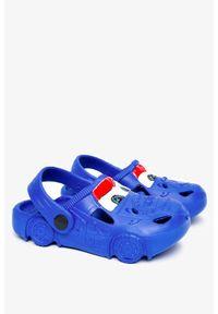 Casu - Niebieskie klapki piankowe basenowe z ozdobą casu 1231. Kolor: niebieski. Wzór: aplikacja