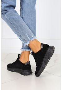 Kati - Czarne sneakersy kati buty sportowe sznurowane polska skóra 7067. Kolor: czarny. Materiał: skóra