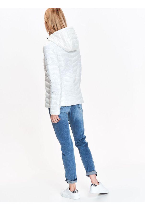 Biała kurtka TOP SECRET z kapturem, na jesień, w kolorowe wzory, krótka