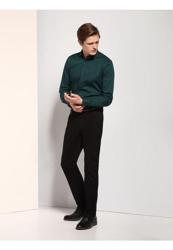 Czarne spodnie TOP SECRET na wiosnę, długie, w kolorowe wzory, klasyczne