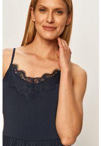 Vero Moda - Sukienka. Kolor: niebieski. Materiał: koronka, tkanina. Długość rękawa: na ramiączkach. Wzór: gładki. Typ sukienki: rozkloszowane