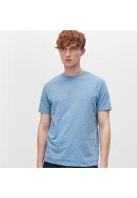 Niebieski t-shirt Reserved