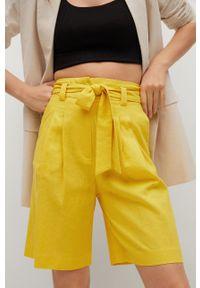 mango - Mango - Szorty LACI. Okazja: na co dzień. Stan: podwyższony. Kolor: żółty. Materiał: włókno. Styl: casual