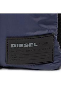 Niebieska nerka Diesel