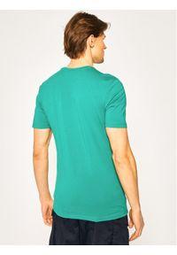 Fila T-Shirt Hades 687640 Zielony Regular Fit. Kolor: zielony