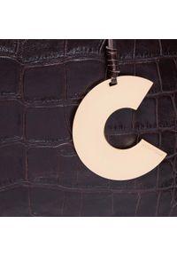 Czarna torebka klasyczna Coccinelle klasyczna, moro