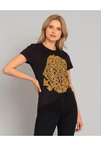 CESARE PACIOTTI - Czarny t-shirt z logo. Okazja: na co dzień, do pracy. Kolor: czarny. Materiał: bawełna. Wzór: aplikacja. Styl: casual