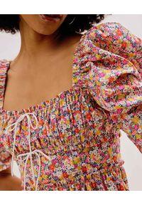 For Love & Lemons - FOR LOVE & LEMONS - Sukienka w kwiaty Libby. Typ kołnierza: dekolt gorset. Kolor: różowy, wielokolorowy, fioletowy. Wzór: kwiaty. Typ sukienki: gorsetowe. Długość: mini
