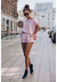 Różowa bluzka IVON na lato