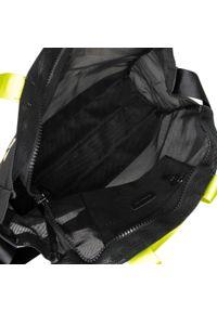Czarna torebka klasyczna Blauer