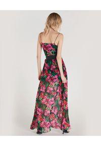 Patrizia Pepe - PATRIZIA PEPE - Maxi sukienka z kwiatowym nadrukiem. Okazja: na imprezę. Typ kołnierza: dekolt w serek. Kolor: zielony. Wzór: kwiaty, nadruk. Styl: wakacyjny. Długość: maxi