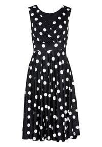 Sukienka shirtowa bonprix czarno-biały w kropki. Kolor: czarny. Wzór: kropki