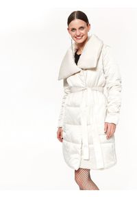 Kremowy płaszcz TOP SECRET casualowy, długi, na co dzień, na zimę