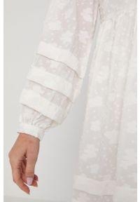 Samsoe & Samsoe - Samsoe Samsoe - Sukienka. Kolor: biały. Materiał: tkanina, materiał. Długość rękawa: długi rękaw. Wzór: gładki. Typ sukienki: rozkloszowane