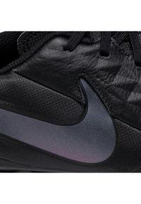 Czarne buty do piłki nożnej Nike