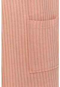 Różowy szlafrok Answear Lab