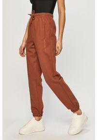 Brązowe spodnie dresowe adidas Originals