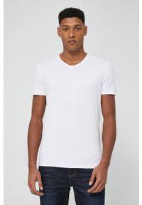 medicine - Medicine - T-shirt Basic. Kolor: biały. Materiał: dzianina. Wzór: gładki