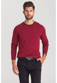 JOOP! Jeans - BORDOWY SWETER JOOP! JEANS. Kolor: czerwony. Materiał: bawełna. Wzór: nadruk. Styl: klasyczny