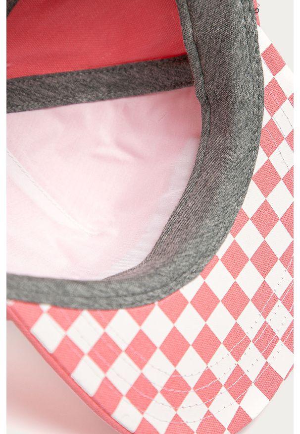 Różowa czapka z daszkiem Vans z aplikacjami