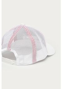 Biała czapka z daszkiem adidas Performance z aplikacjami
