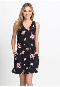Sukienka z dekoltem z tyłu bonprix czarno-jasnoróżowy w kwiaty. Kolor: czarny. Wzór: kwiaty. Długość: mini