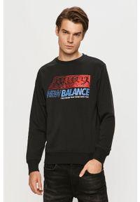 Czarna bluza nierozpinana New Balance z nadrukiem, na co dzień