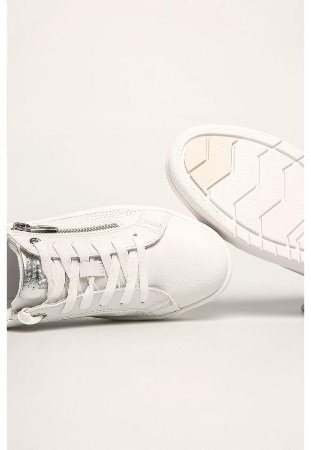Białe buty sportowe Marco Tozzi z cholewką, na sznurówki, z okrągłym noskiem