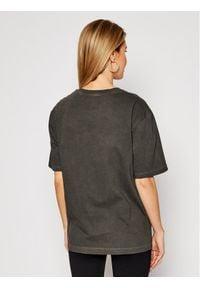 Vans T-Shirt Pocket VN0A53NS Szary Regular Fit. Kolor: szary