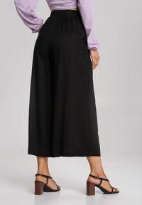 Renee - Czarne Spodnie Amaliphis. Stan: podwyższony. Kolor: czarny