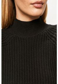 Czarny sweter Noisy may długi, z długim rękawem