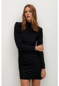 Czarna sukienka mango z długim rękawem, mini