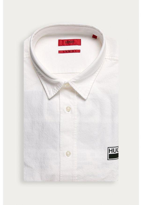 Biała koszula Hugo z klasycznym kołnierzykiem, z długim rękawem, długa