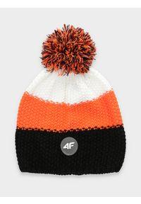 Czarna czapka zimowa 4f #1