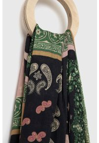 Marella - Szal. Kolor: różowy. Materiał: tkanina